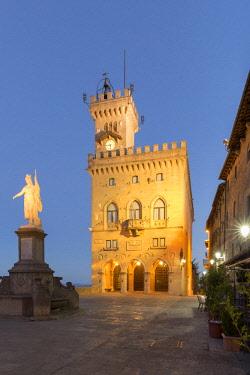 ITA12516AW Republic of San Marino, Repubblica di San Marino San Marino. Government Palace.