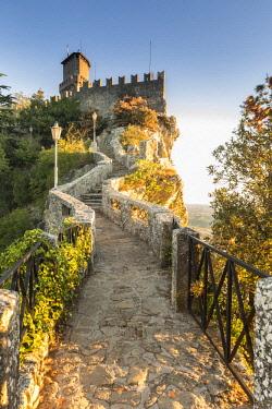 ITA12518AW Republic of San Marino, Repubblica di San Marino San Marino. Torre Guaita, Pirma Torre, La Rocca.