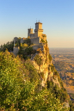 ITA12519AW Republic of San Marino, Repubblica di San Marino San Marino. Torre Guaita, Pirma Torre, La Rocca.