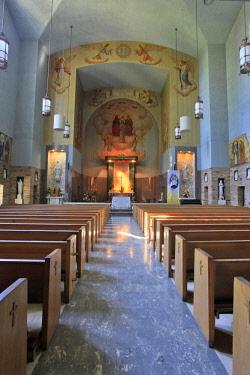 US38BJY0905 USA, Oregon, Portland. Inside Roman Catholic church at The Grotto.