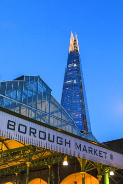 TPX63993 England, London, Southwark, London Bridge City, Borough Market and The Shard
