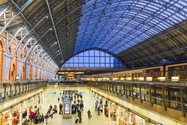 TPX64137 England, London, Kings Cross, St.Pancras Train Station