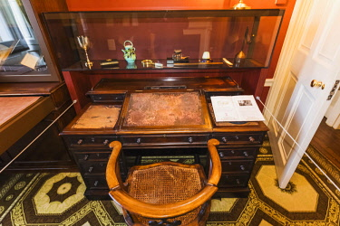 TPX64273 England, London, Bloomsbury, Charles Dickens Museum, The Writing Desk