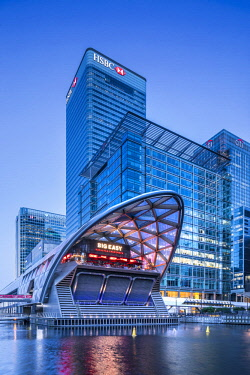 Crossrail station, Canary Wharf, Docklands, London, England, UK