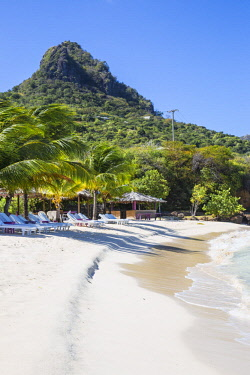 SVG01045 St Vincent and The Grenadines, Union Island, Big Sands beach at Belmont Bay