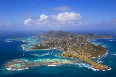 SVG01093 St Vincent and The Grenadines, Aerial view of Union Island