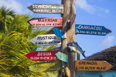 SVG01123 St Vincent and The Grenadines, Union Island, Clifton harbour, Sign post
