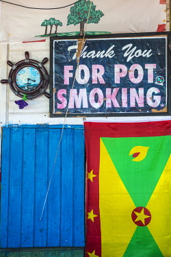 SVG01187 St Vincent and The Grenadines, Mayreau, Saltwhistle Bay, Sign at cafe saying Thank you for pot smoking