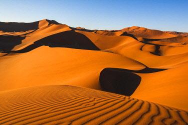 NAM6497AW Sossusvlei sand dunes, Namib-Naukluft National Park, Namibia, Africa.