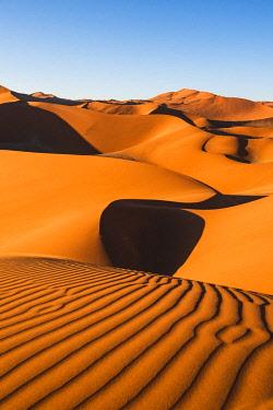 NAM6498AW Sossusvlei sand dunes, Namib-Naukluft National Park, Namibia, Africa.