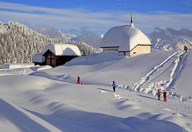 IBLGNG04646341 Maria zum Schnee chapel in the snow in the village centre, Bettmeralp, Aletsch area, Upper Valais, Valais, Switzerland, Europe