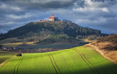 IBLHHH04609689 Autumnal fields with furrows at castle Wachsenburg, one of the Drei Gleichen, Thuringia, Germany, Europe
