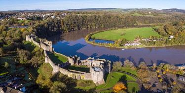 UK08283 United Kingdom, Wales, Gwent, Chepstow Castle, River Wye