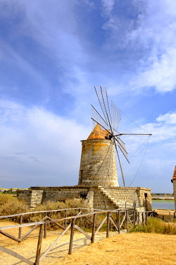 IBXDWB04642435 Mulino Maria Stella windmill in front of saltworks, Via del Sale, salt road, province of Trapani, Sicily, Italy, Europe