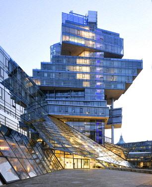 IBXRBB04578194 Norddeutsche Landesbank, NordLB, Headquarters, Deconstructivism, Architect Behnisch, Aegidientorplatz, Hanover, Lower Saxony, Germany, Europe