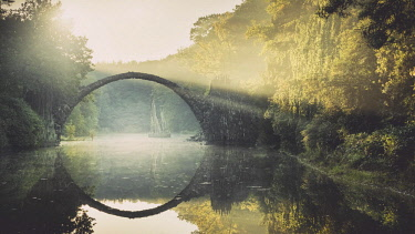 IBXRBE04535089 Rakotz Bridge or Devil's Bridge in Kromlau Park, Kromlau, Saxony, Germany, Europe