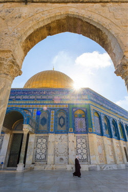 ISR0462AW Israel, Jerusalem District, Jerusalem. Dome of the Rock on Temple Mount.