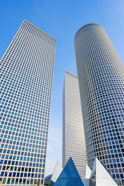 ISR0444AW Israel, Tel Aviv District, Tel Aviv-Yafo. Skyscrapers at Azrieli Center.