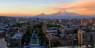 IBXGAB04435817 Mount Ararat and Yerevan at sunrise, Yerevan, Armenia, Asia