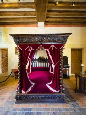 IBLMOX04476136 Bedroom, Leonardo da Vinci Museum, Chateau du Clos Luce, Amboise, Indre-et-Loire, Loire Valley, Centre, France, Europe