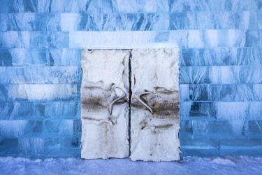 IBLDKR04455411 Doors made of hides and antlers, Icehotel, Jukkasjärvi, Lapland, Norrbotten County, Sweden, Europe