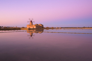 CLKGT84544 Old windmill in the Marsala Salt Pans, Trapani, Sicily, Italy