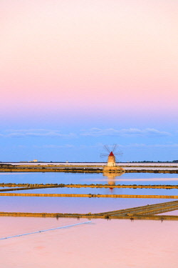 CLKRM82475 Windmill in the salt flats, Saline dello Stagnone, Marsala, province of Trapani, Sicily, Italy