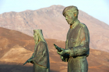 GRE1633 Greece, Crete, Preveli Memorial, near Moni Preveli. The Preveli Memorial for Resistance and Peace commemorates the 1941 Battle of Crete. The statues depict an Allied soldier and the nearby monastery's...
