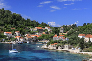 CRO1707AW Croatia, Dalmatia, Sipan. Sudurad village and harbour.