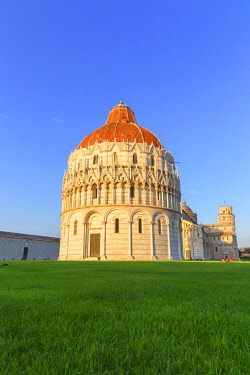 ITA12902AWRF Baptistery, Cathedral and Leaning Tower, Campo dei Miracoli, Pisa, Tuscany, Italy, Europe