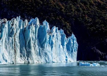 ARG2746AW Spegazzini Glacier, Los Glaciares National Park, Santa Cruz Province, Patagonia, Argentina
