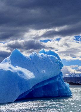 ARG2759AW Iceberg on Lake Argentino, Los Glaciares National Park, Santa Cruz Province, Patagonia, Argentina