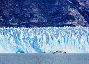 ARG2766AW Perito Moreno Glacier, Los Glaciares National Park, Santa Cruz Province, Patagonia, Argentina