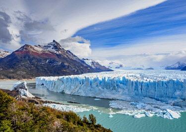 ARG2772AW Perito Moreno Glacier, elevated view, Los Glaciares National Park, Santa Cruz Province, Patagonia, Argentina