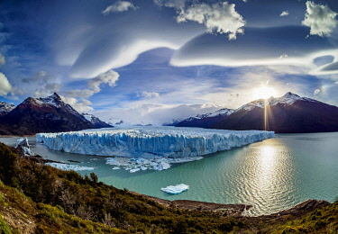 ARG2780AW Perito Moreno Glacier, elevated view, Los Glaciares National Park, Santa Cruz Province, Patagonia, Argentina