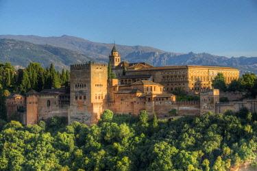 SPA8067AWRF Alhambra from Albaicin, UNESCO World Heritage Site, Granada, Andalusia, Spain