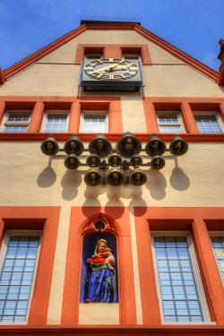 GER10789AW Glockenspiel at Steipe at Hauptmarkt, Trier, Rhineland-Palatinate, Germany