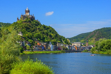 GER10791AW Reichsburg with river Mosel and Cochem, Rhineland-Palatinate, Germany