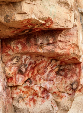 ARG3080AWRF Cueva de las Manos, UNESCO World Heritage Site, Rio Pinturas Canyon, Santa Cruz Province, Patagonia, Argentina