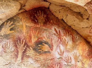 ARG3081AWRF Cueva de las Manos, UNESCO World Heritage Site, Rio Pinturas Canyon, Santa Cruz Province, Patagonia, Argentina