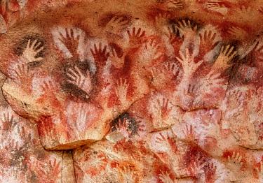 ARG3084AWRF Cueva de las Manos, UNESCO World Heritage Site, Rio Pinturas Canyon, Santa Cruz Province, Patagonia, Argentina
