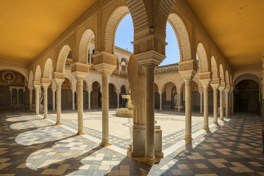 SPA7930AW Patio of Casa de Pilatos, Svilla, Andalusia, Spain