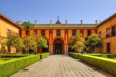 SPA7977AW Patio del Crucero at the Real Alcazar, UNESCO World Heritage Site, Sevilla, Andalusia, Spain