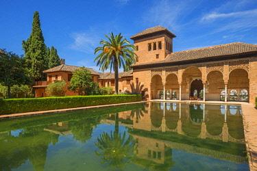 SPA8033AW Palacio del Partal, Alhambra, UNESCO World Heritage Site, Granada, Andalusia, Spain