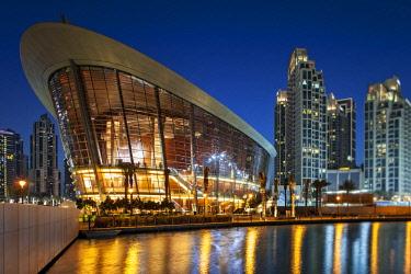 UAE0747 The Dubai Opera House at twilight, designed by  the Architects Atkins, Downtown Dubai, Dubai, Dubayy, United Arab Emirates.