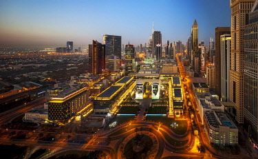 UAE0748 Elevated view of the DIFC District at twilight, DIFC, Dubai, Dubayy, United Arab Emirates.