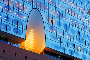 GER10900 Europe, Germany, Hamburg, Elphi Concert Hall, Elbphilharmonie, designed by Herzog & de Meuron Architects
