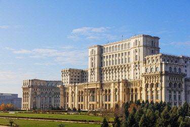ROM1412 Eastern Europe, Romania, Bucharest, Palace of the Parliament, Located on Dealul Arsenalului in central Bucharest, it is the second largest administrative building in the world