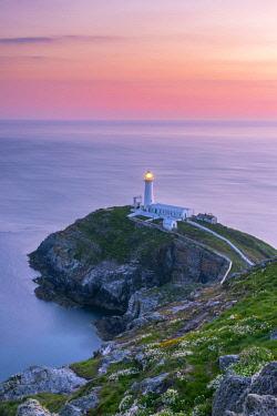 UK656RF UK, Wales, Anglesey, Holy Island, South Stack Lighthouse
