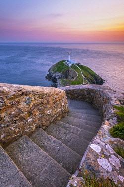 UK06186 UK, Wales, Anglesey, Holy Island, South Stack Lighthouse
